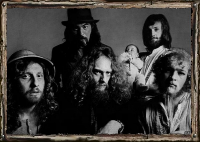 Jethro Tull – Raise Your Glass To The History