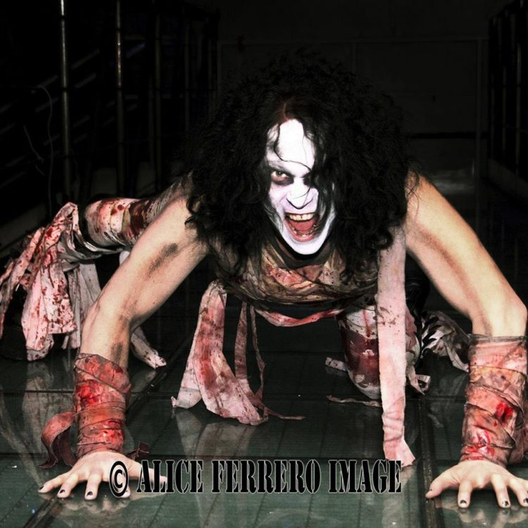 Lizzy Borden – Master Of Disguise
