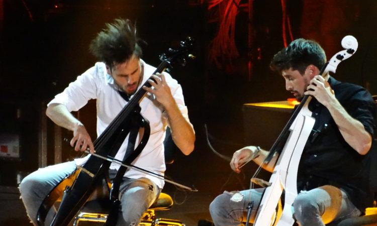 2Cellos, video di 'Highway To Hell' dal concerto all'Arena di Verona