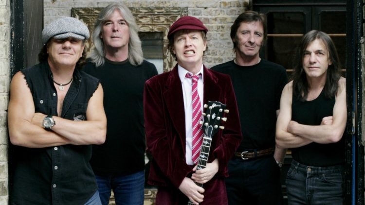 Ac/Dc – Rocking All The Way