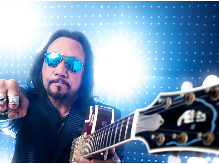 Ace Frehley – Riding The Comet