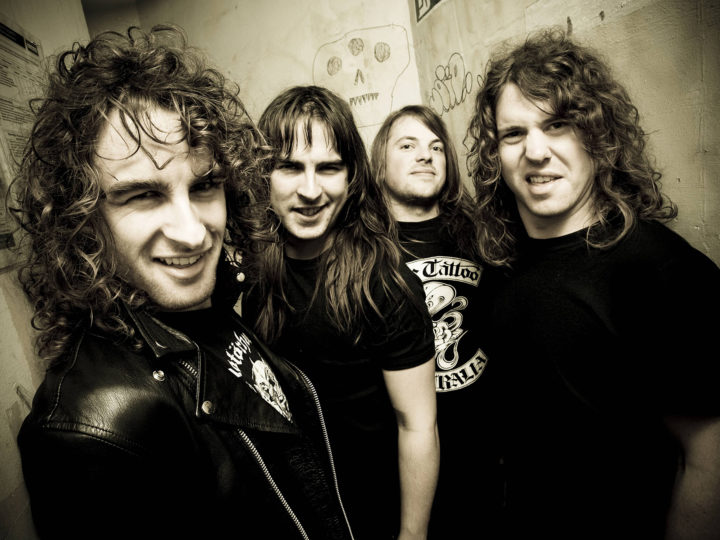 Airbourne – Let There Be Rock