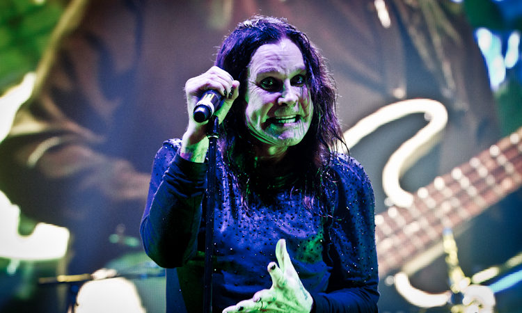 Ozzy Osbourne, i video della signing session di Hollywood