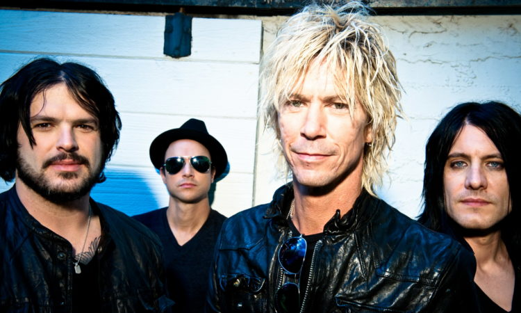 Duff Mckagan, il live video ufficiale di 'Don't Look Behind You'