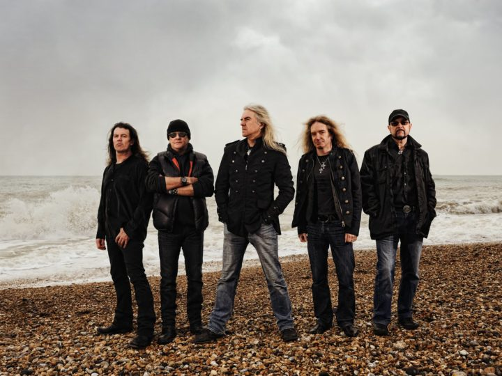 Saxon – Join The Army