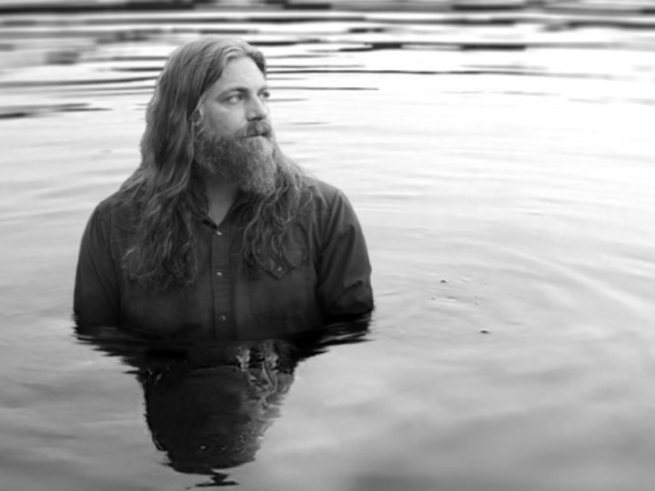 Speciale: The White Buffalo – Hold The Line