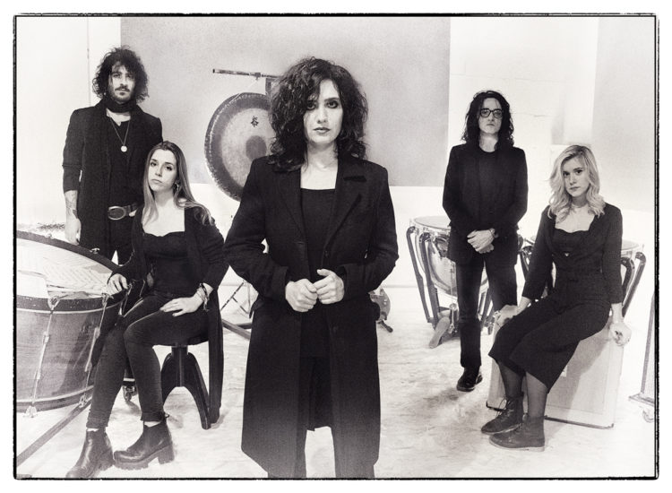 Belladonna – Symphony in Black