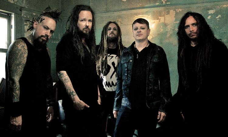 Korn, le celebrazioni per  'Follow The Leader' e il nuovo album