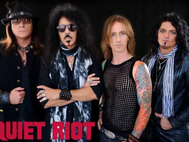 Quiet Riot, il cantante James Durbin lascia la band, ritorna Jizzy Pearl.