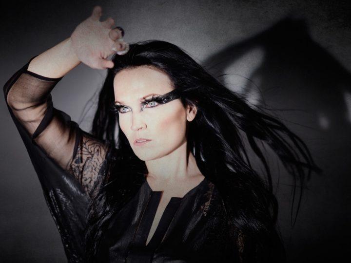 Tarja, il video di 'Die Alive' (live in Milan) da 'Act II'