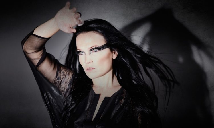 Tarja, il video di 'Die Alive' (live in Milan) da 'Act II'