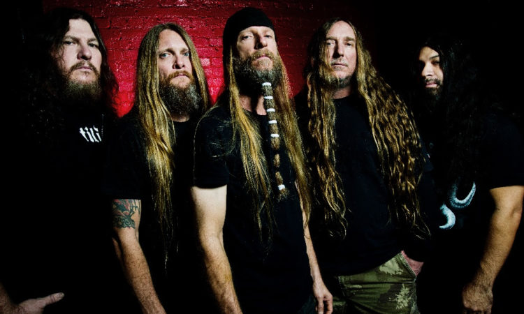 Obituary, il nuovo singolo 'A Dying World'