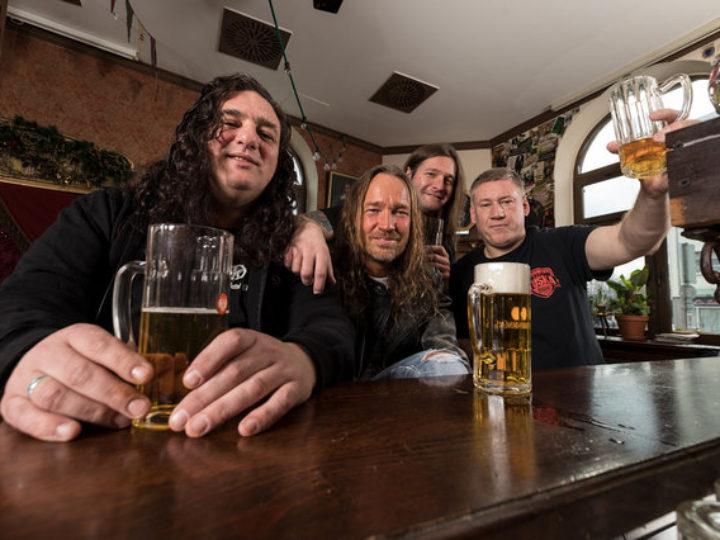 Tankard, il nuovo album 'One Foot In The Grave' in uscita il 2 giugno