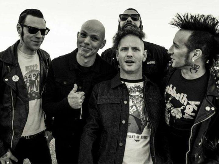 Stone Sour, ascolta i brani 'Fabuless' e 'Song #3' tratti dal nuovo album