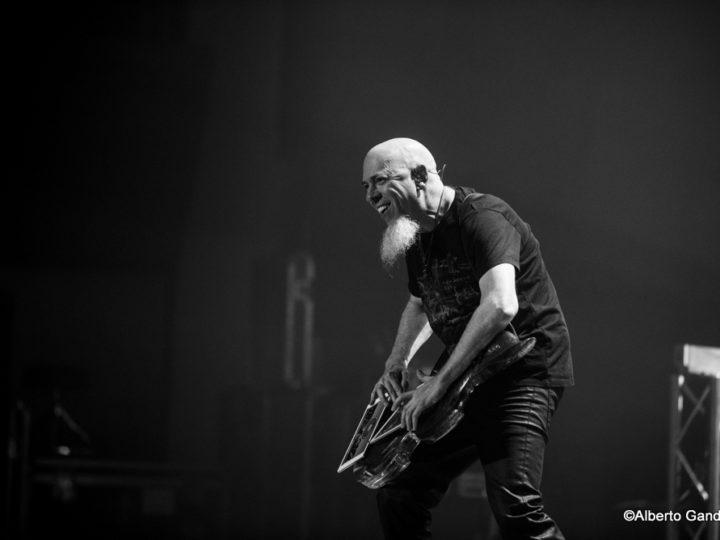 Dream Theater, Jordan Rudess coverizza Bowie a Portland