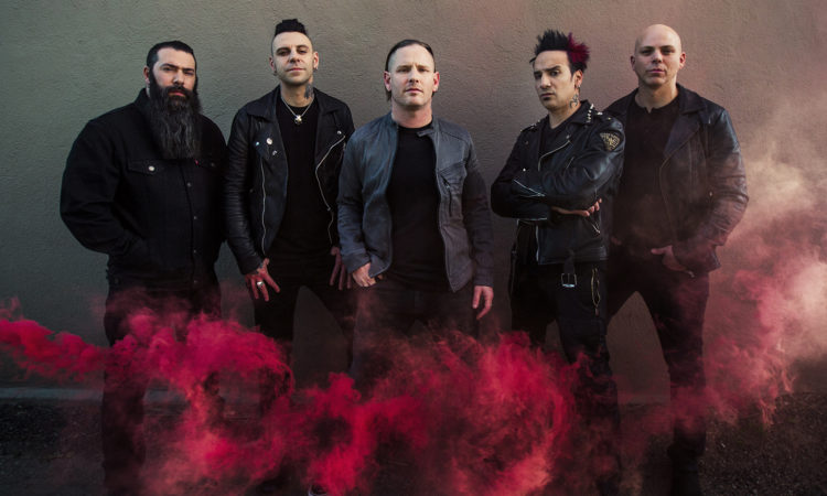 Stone Sour, video di 'Rose Red Violent Blue (This Song Is Dumb & So Am I)' ft. Steel Panther