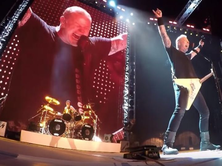 Metallica, il video live dell'esecuzione di 'Battery' a Chicago