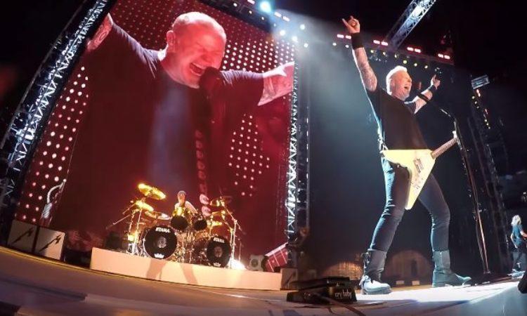 Metallica, il video live dell'esecuzione di 'Battery' a Chicago