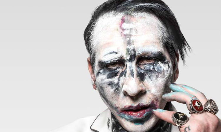 Marilyn Manson, il video della cover di 'God's Gonna Cut You Down'