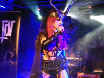 Theatres des Vampires + Secret Rule + I Am Lethe @Legend Club – Milano, 8 dicembre 2017
