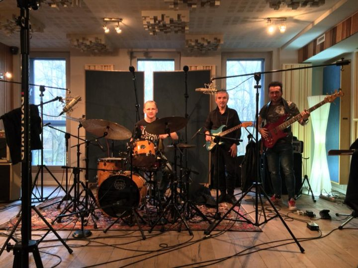 Robert Szewczuga Trio, in arrivo il debutto su Metal Mind