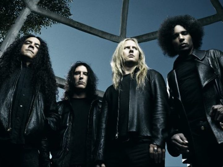 Alice In Chains, condivisi i video amatoriali del concerto al Gröna Lund Amusement Park in Svezia