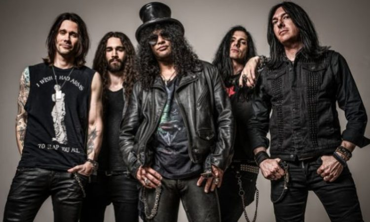Slash feat. Myles Kennedy & The Conspirators, il video di 'Mind Your Manners'