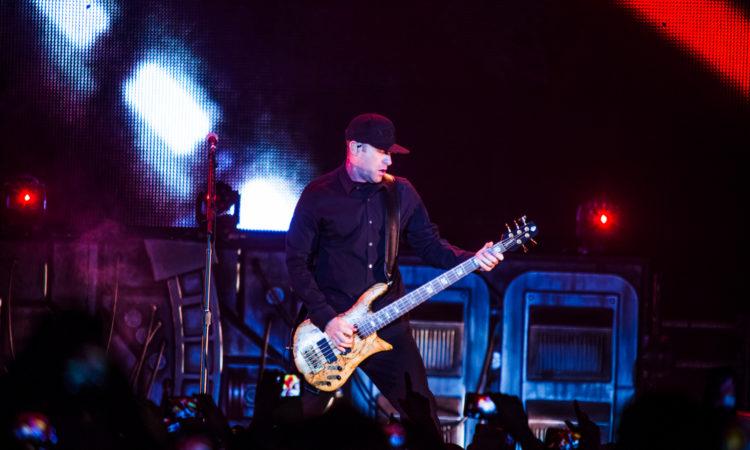 """Nickelback, Mike Kroeger: """"Non credo che la band voglia fare un album metal""""."""