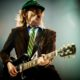 AC/DC, Angus Young ha donato quasi 15.000 dollari all'Alzheimer Society of Ontario