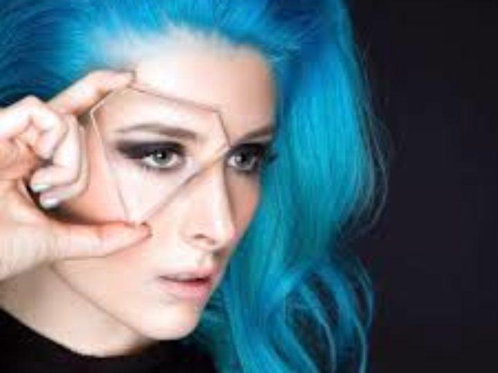 Diamante, l'album d'esordio 'Coming In Hot'