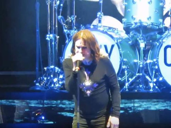Ozzy Osbourne, i fan-filmed video del live al Jones Beach Theater