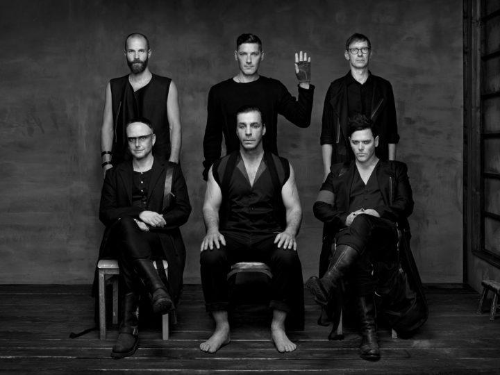 Rammstein, rivelati artwork di copertina e track listing di 'Rammstein'