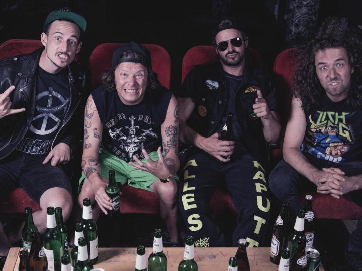 Insanity Alert, video di 'All Mosh / No Brain' in anteprima su Metal Hammer