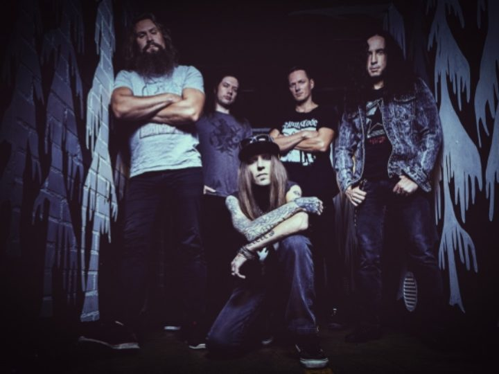 Children Of Bodom, il guitar playthrough video di 'Under Grass And Clover'
