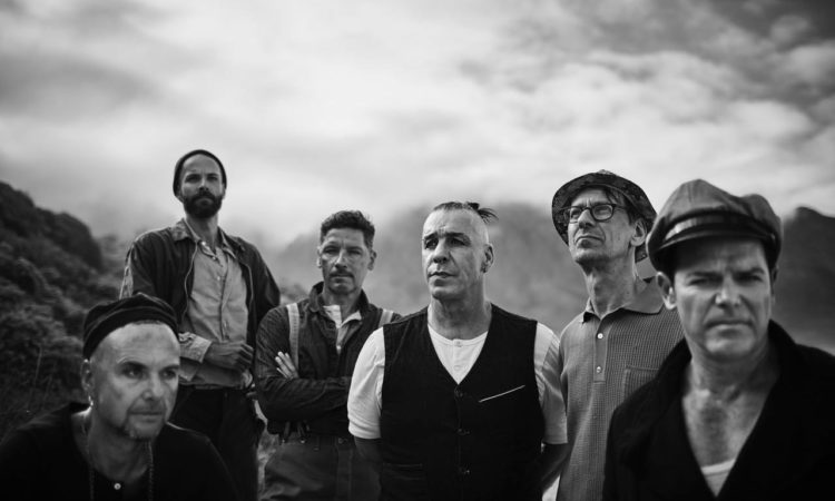 Rammstein, spunta una nuova foto della band