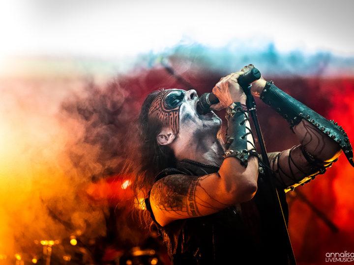 Watain, firma con Nuclear Blast, prima di registrare (in chiesa)