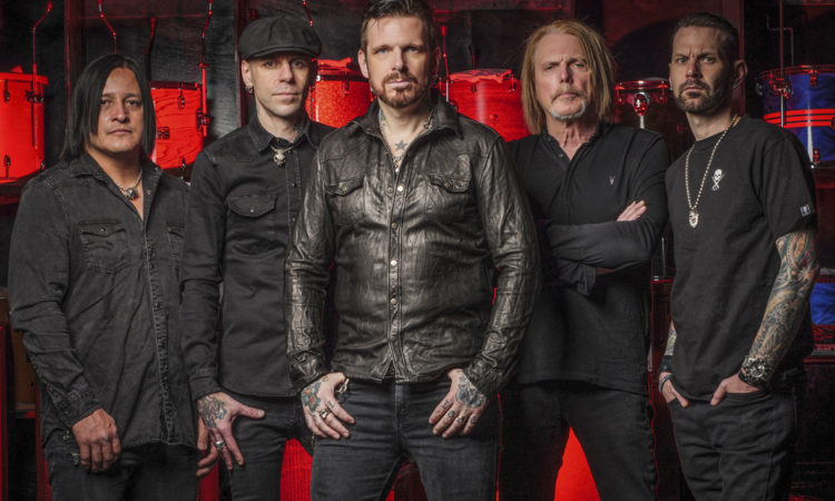 Black Star Riders, le parole di Robert e Ricky sul nuovo singolo 'Tonight The Moonlight Let Me Down'