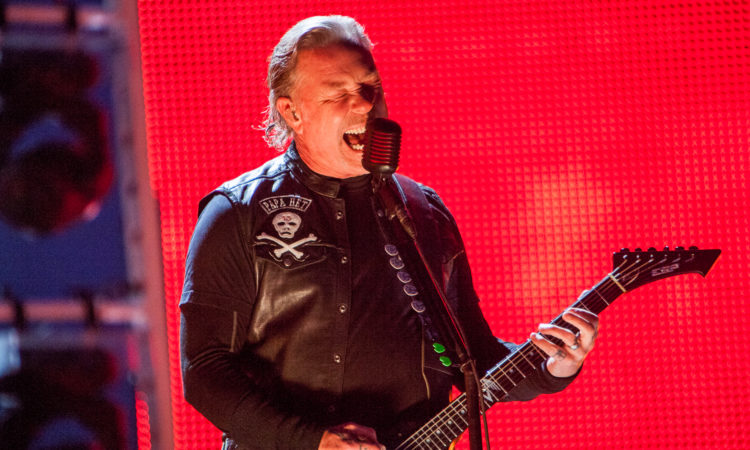 Metallica, guarda 'Enter Sandman' live dal Super Bowl 2021