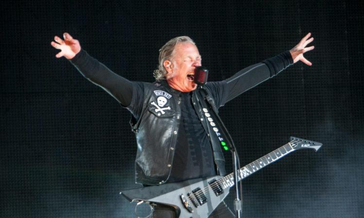 Metallica, i video di 'For Whom The Bell Tolls' e 'Disposable Heroes' dalla data di Hämeenlinna