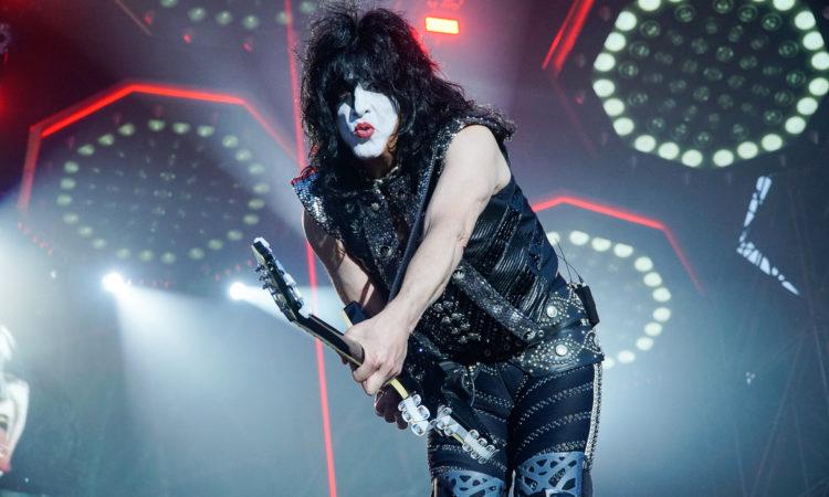 Kiss, annullate le date in Australia per motivi di salute