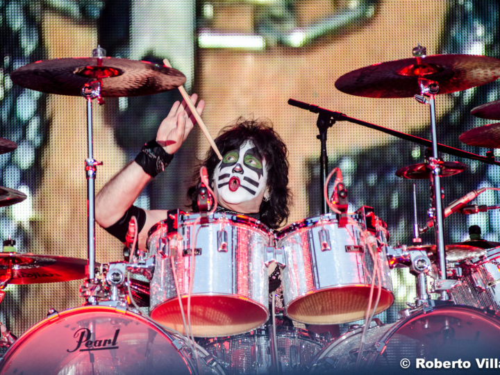Kiss, pubblicano il 4 episodio di 'End Of The Road Pit Stop'