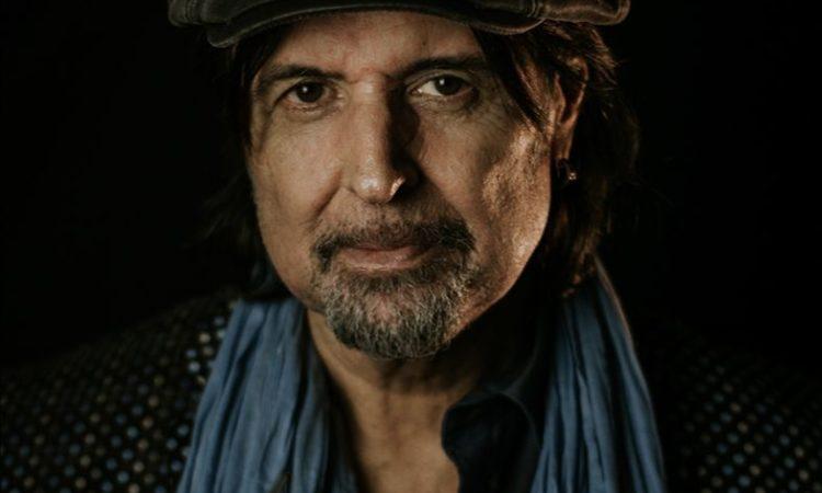 Phil Campbell, l'ex Motörhead parla di 'Tears From A Glass Eye' e della collaborazione con Joe Satriani