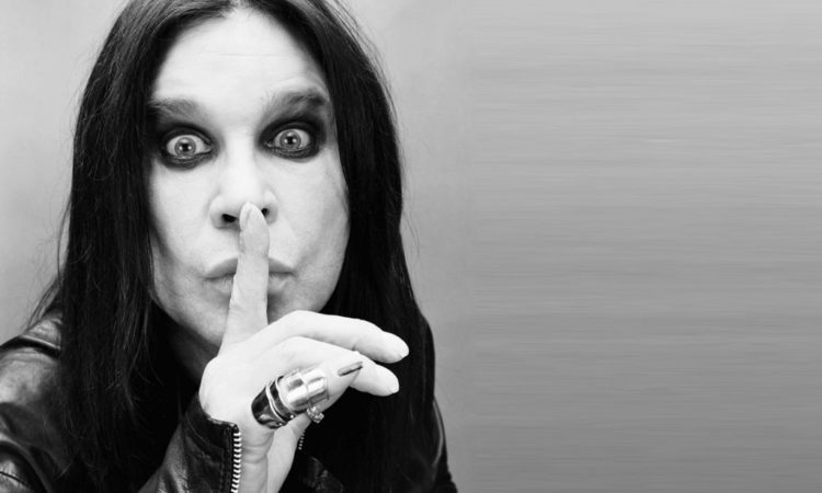 Ozzy Osbourne,  l'official audio della nuova canzone 'Under The Graveyard'