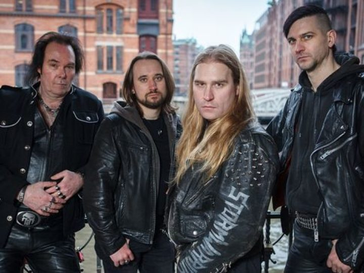 Stormwarrior, il lyric video di  'Odin's Fire'