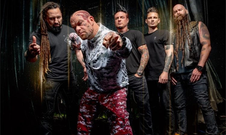 Five Finger Death Punch, il nuovo video 'Inside Out'