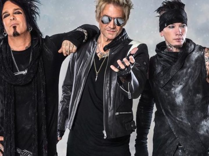Sixx:A.M., nuovo video 'Talk To Me'
