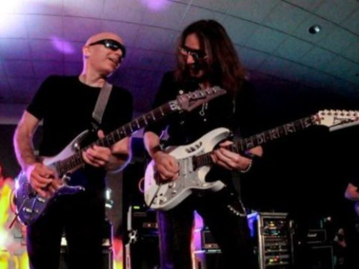 Steve Vai, Joe Satriani, Geoff Tate e Chris Poland alla Metal Hall Of Fame 2020