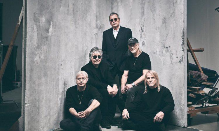 Deep Purple, il video dietro le quinte di 'Throw My Bones'