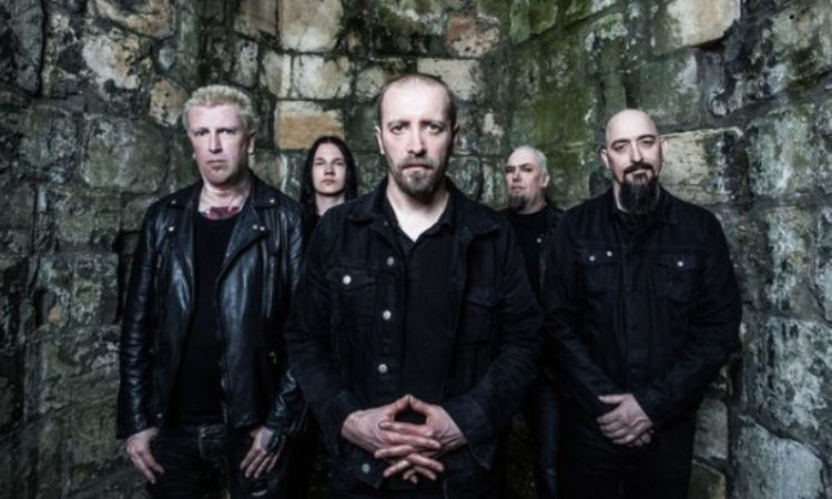 Paradise Lost, in streaming la nuova canzone 'Fall From Grace'