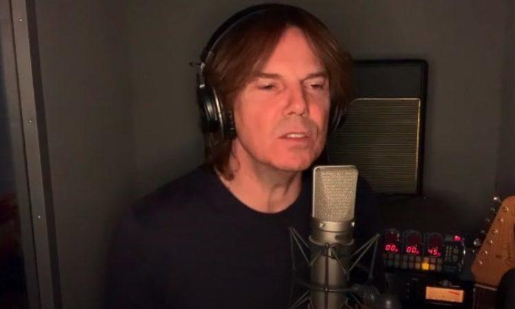 Europe, Joey Tempest, Mic Michaeli, versione acustica di 'Walk The Earth'